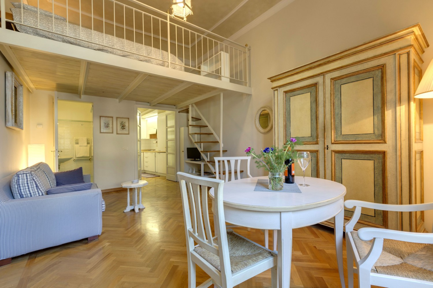 Family Apartments in Florence